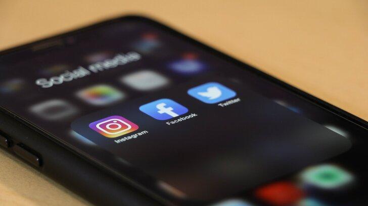 social-media-cancer-2